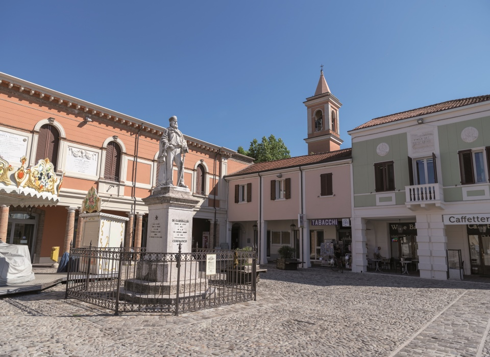Visit Cesenatico Monumento Garibaldi