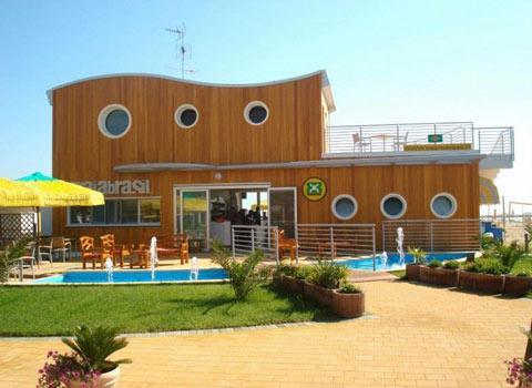 visit cesenatico bagno brasil
