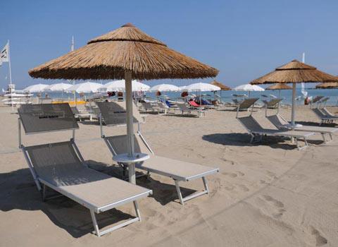 visit cesenatico bora beach