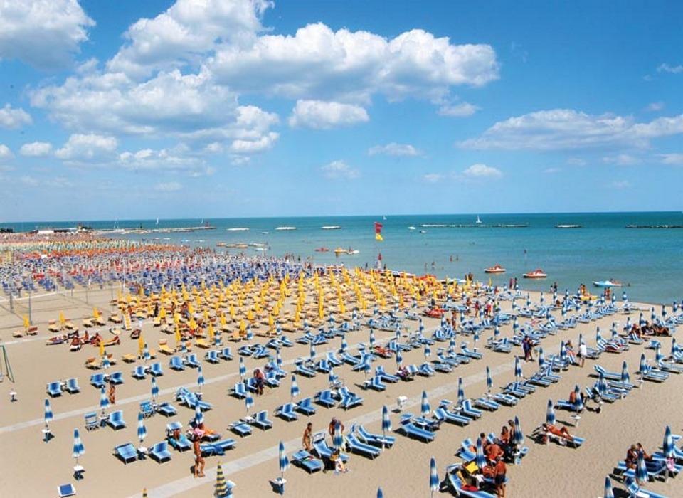visit cesenatico Spiaggia-di-Villamarina