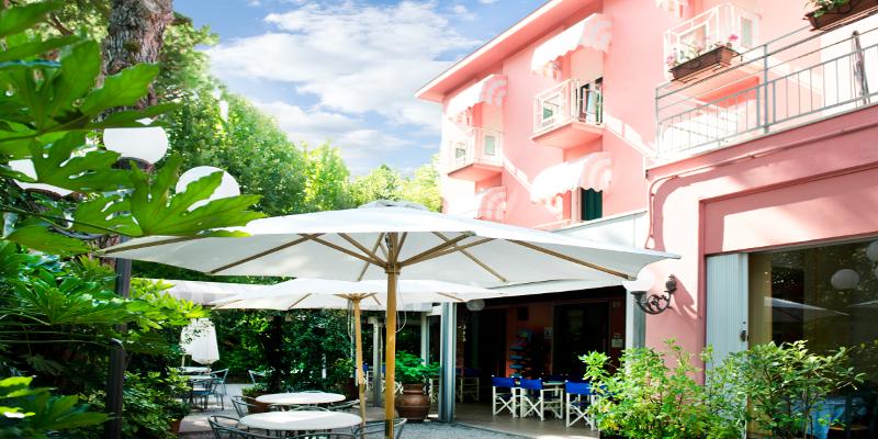 visit cesenatico villa rosa