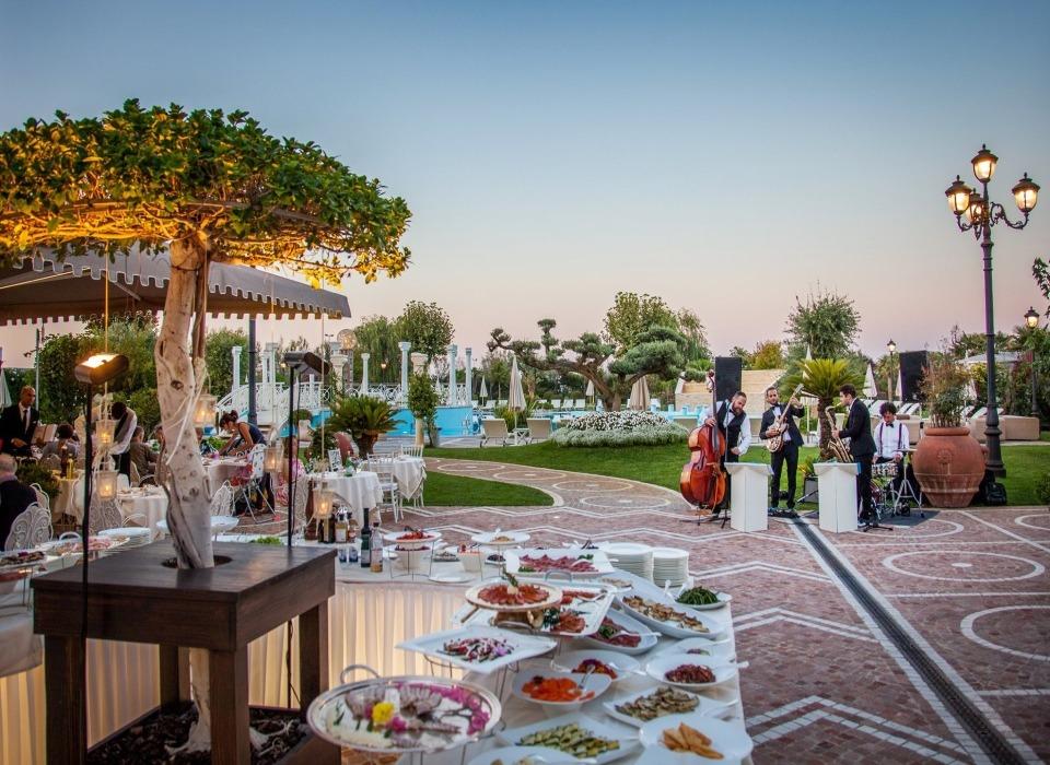 visit cesenatico ristorante Monna Lisa Grand Hotel Da Vinci