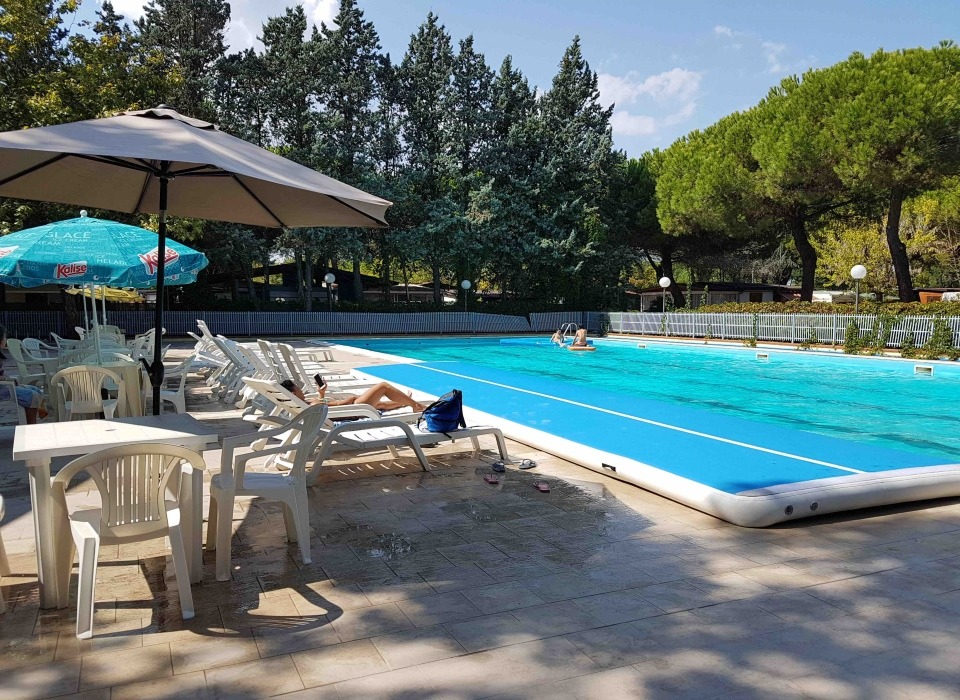 visitcesenatico Villaggio Accademia piscina