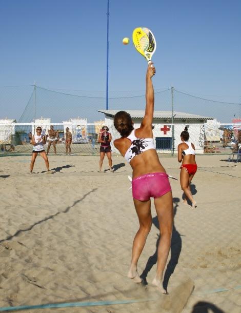 visit cesenatico beach tennis