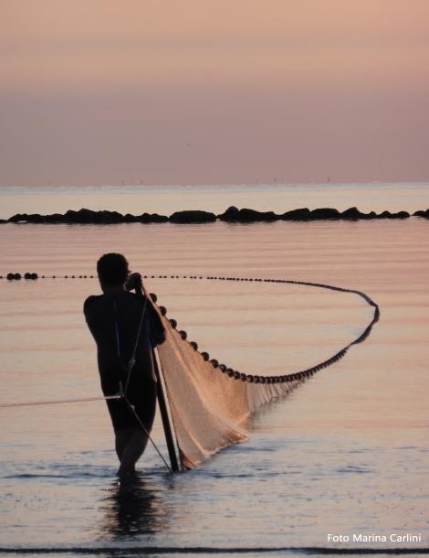 visit cesenatico - pesca alla tratta